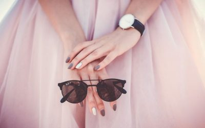 Skin Cancer Foundation's Official Position on UV Light and Manicure Safety