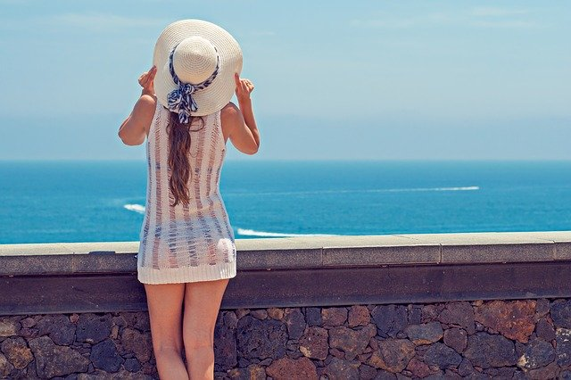 Sun Protective Clothing - The Skin Cancer Foundation