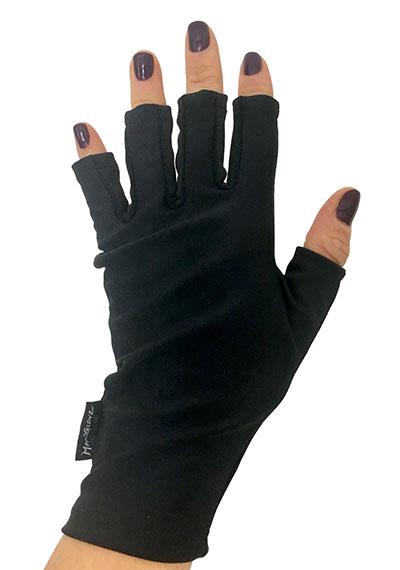 Black Magic ManiGlovz manicure sunblock gloves
