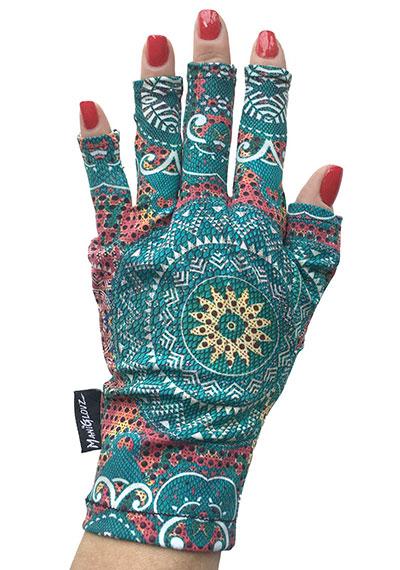 Bohemian ManiGlovz manicure sunblock gloves