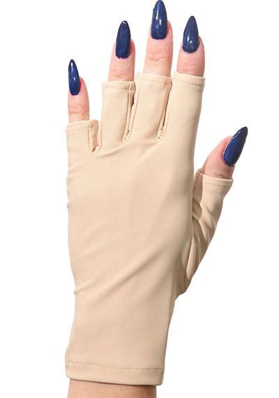 Caitlin ManiGlovz manicure sunblock gloves