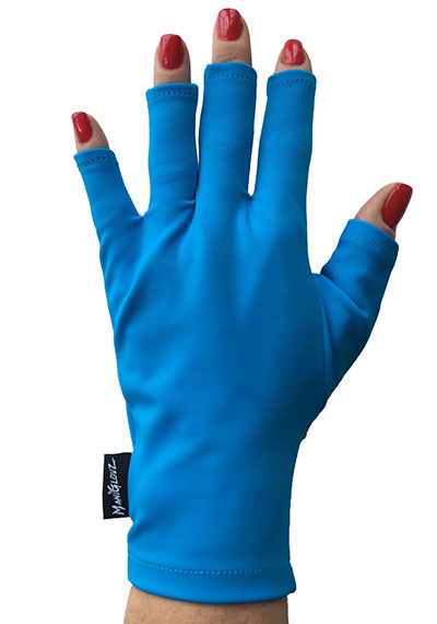 Dreamin' of Turks ManiGlovz manicure sunblock gloves