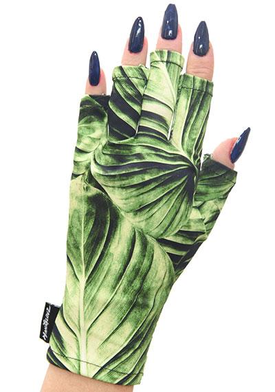 Green Goddess ManiGlovz manicure sunblock gloves