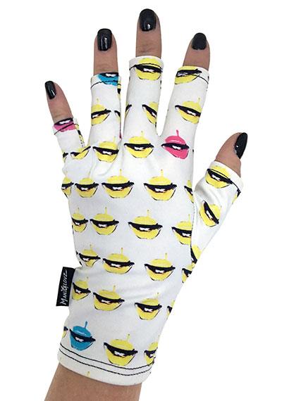 Lust ManiGlovz manicure sunblock gloves