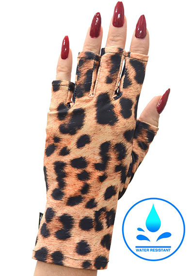 Once a Cheetah manicure sunblock gloves