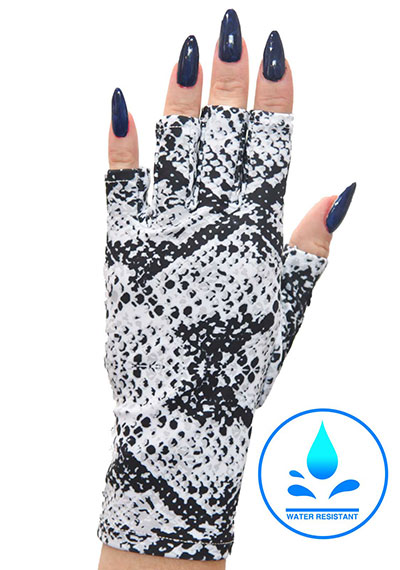 Slither Chic Manicure Sunblock gloves