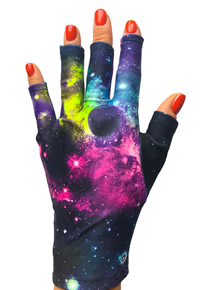 Spaced Out ManiGlovz manicure sunblock gloves
