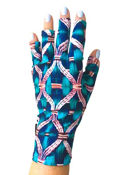 Why Knot ManiGlovz manicure sunblock gloves