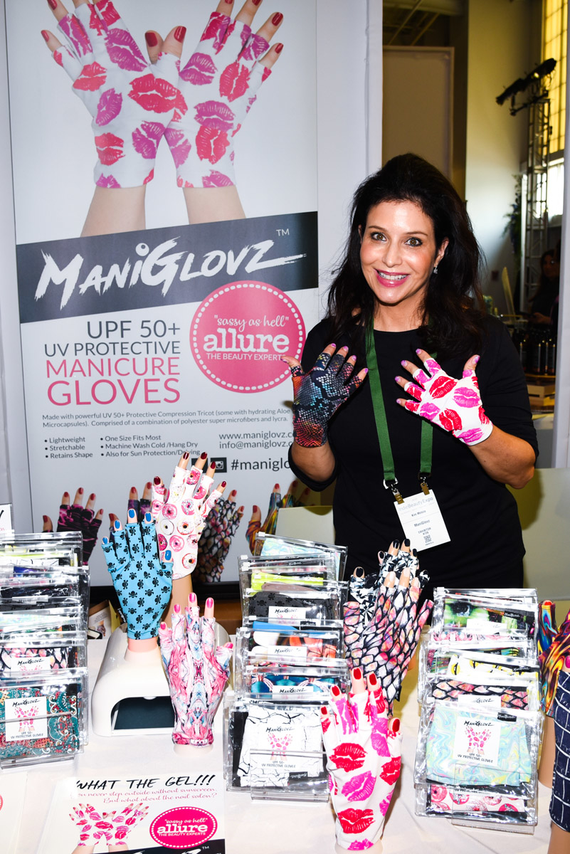ManiGlovz at Indy Expo NYC